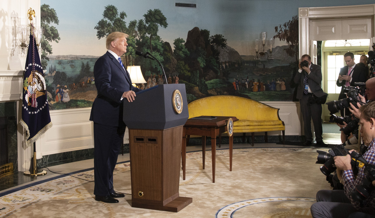 Trump_Withdraw_Iran_Deal_(cropped_2).jpg