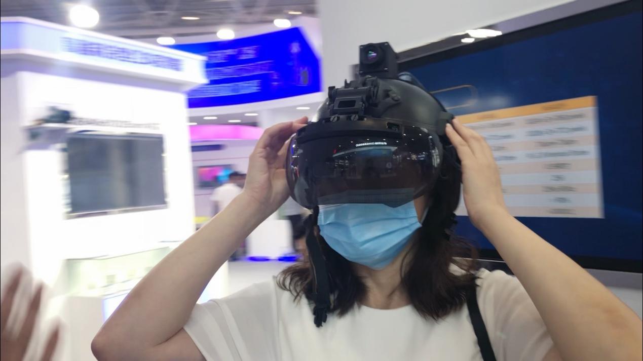 2021光博会观后感:传统波导到二维扩瞳,终于看到消费级AR的未来